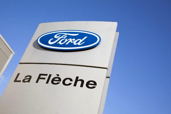 Garage La Flèche logo