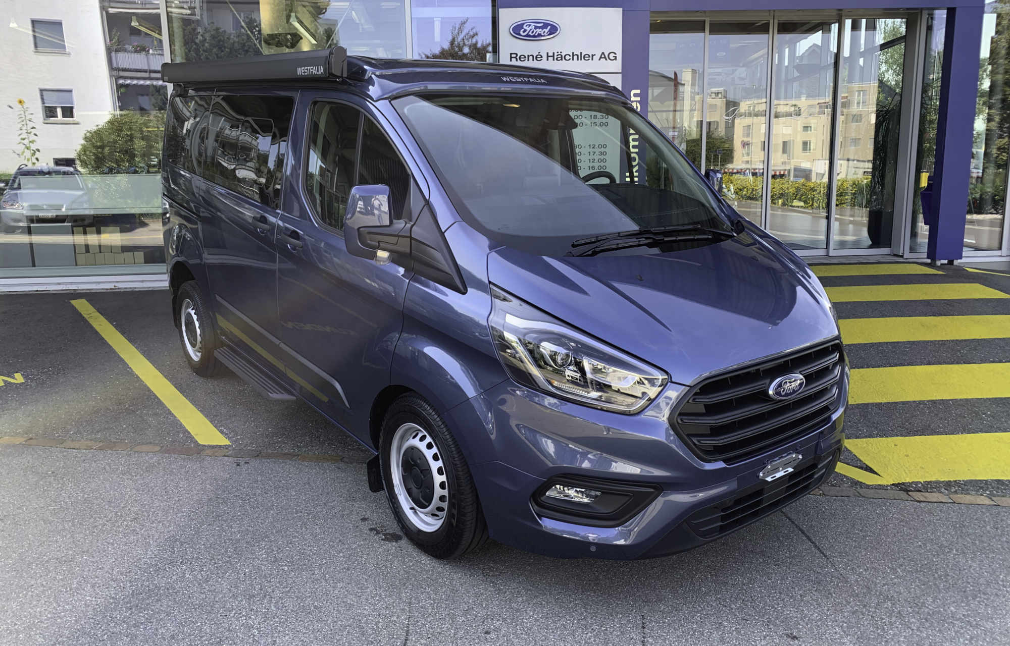 Vermietung des Ford Transit Custom Nugget durch die Rene Hächler AG in Obfelden