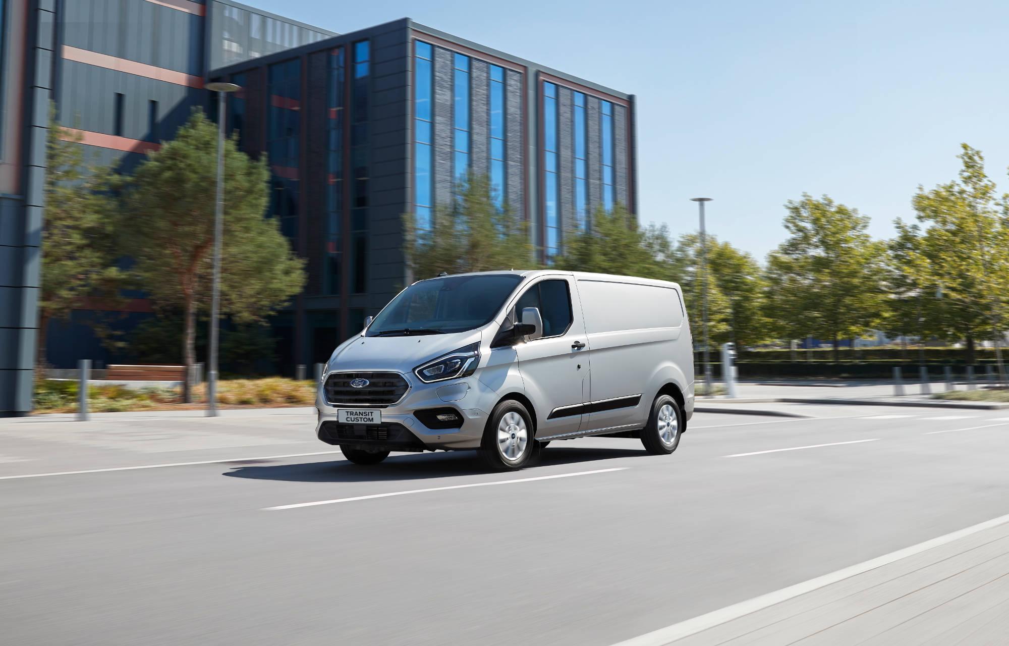 Transit Custom PHEV kan allerede nu opleves hos Andersen Biler