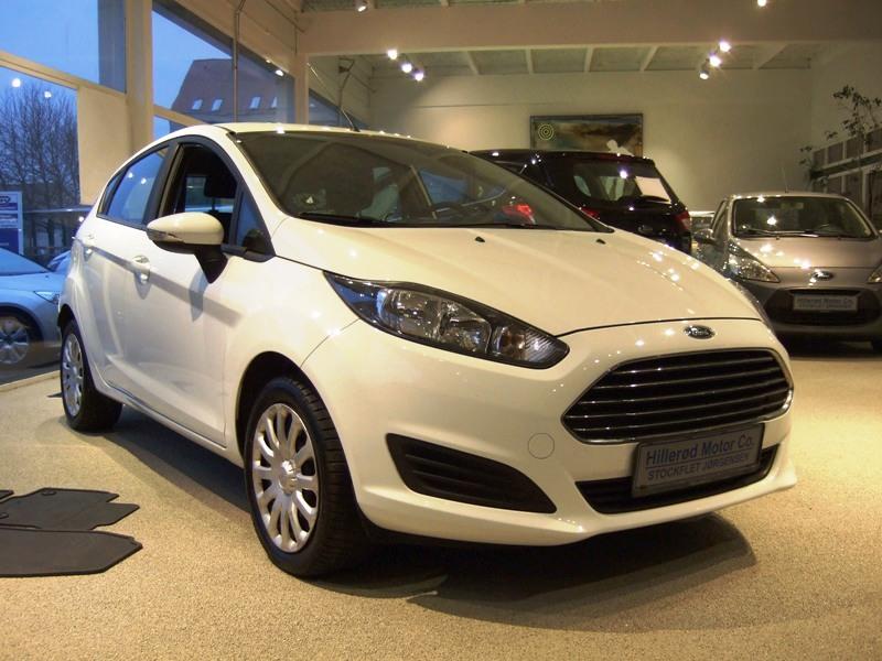 Tillykke med den nye bil Ford Fiesta Trend