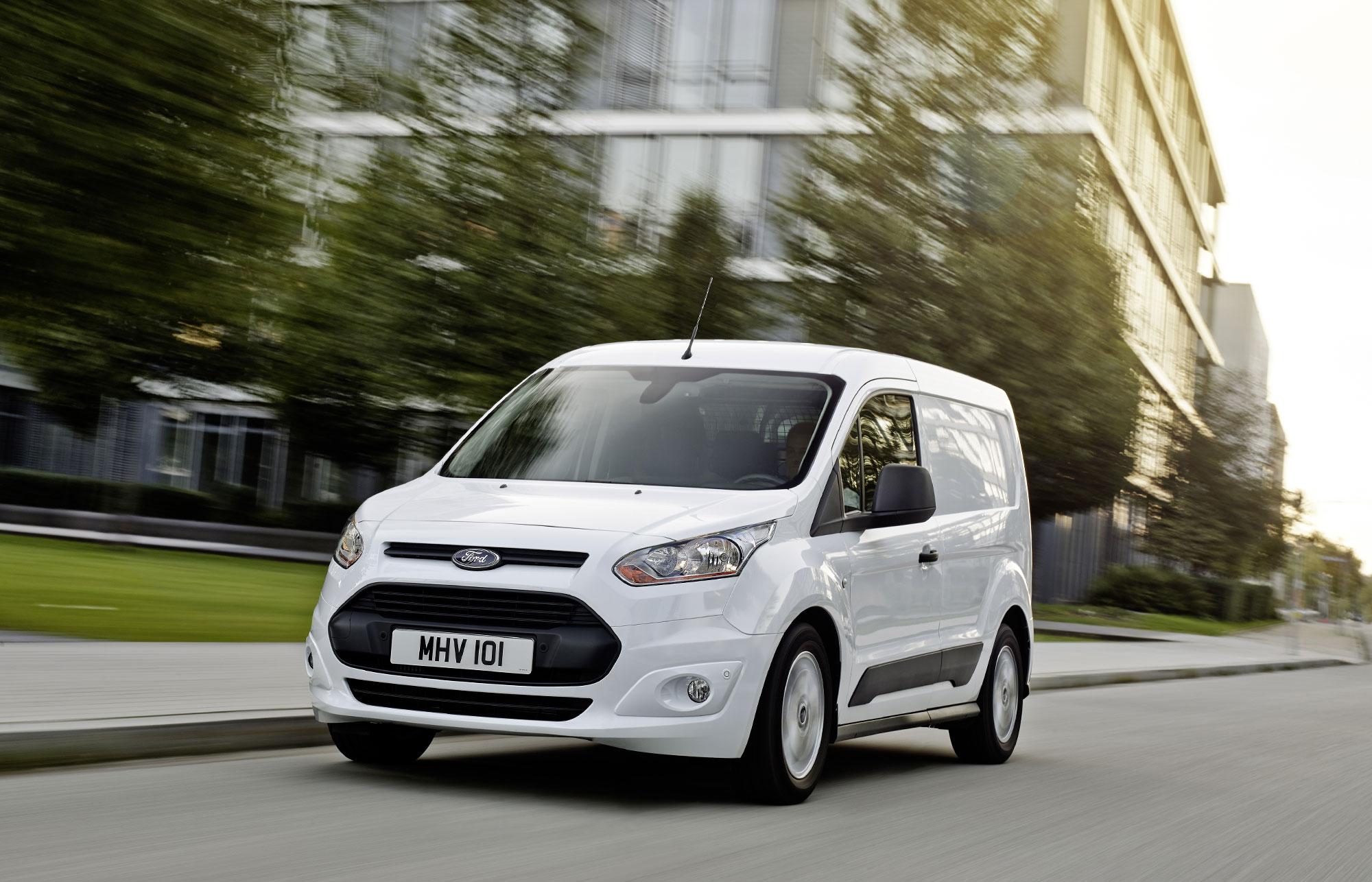 Ford Transit Connectiin luokkansa johtavaa polttoainetehokkuutta sekä uusia teknologioita ...