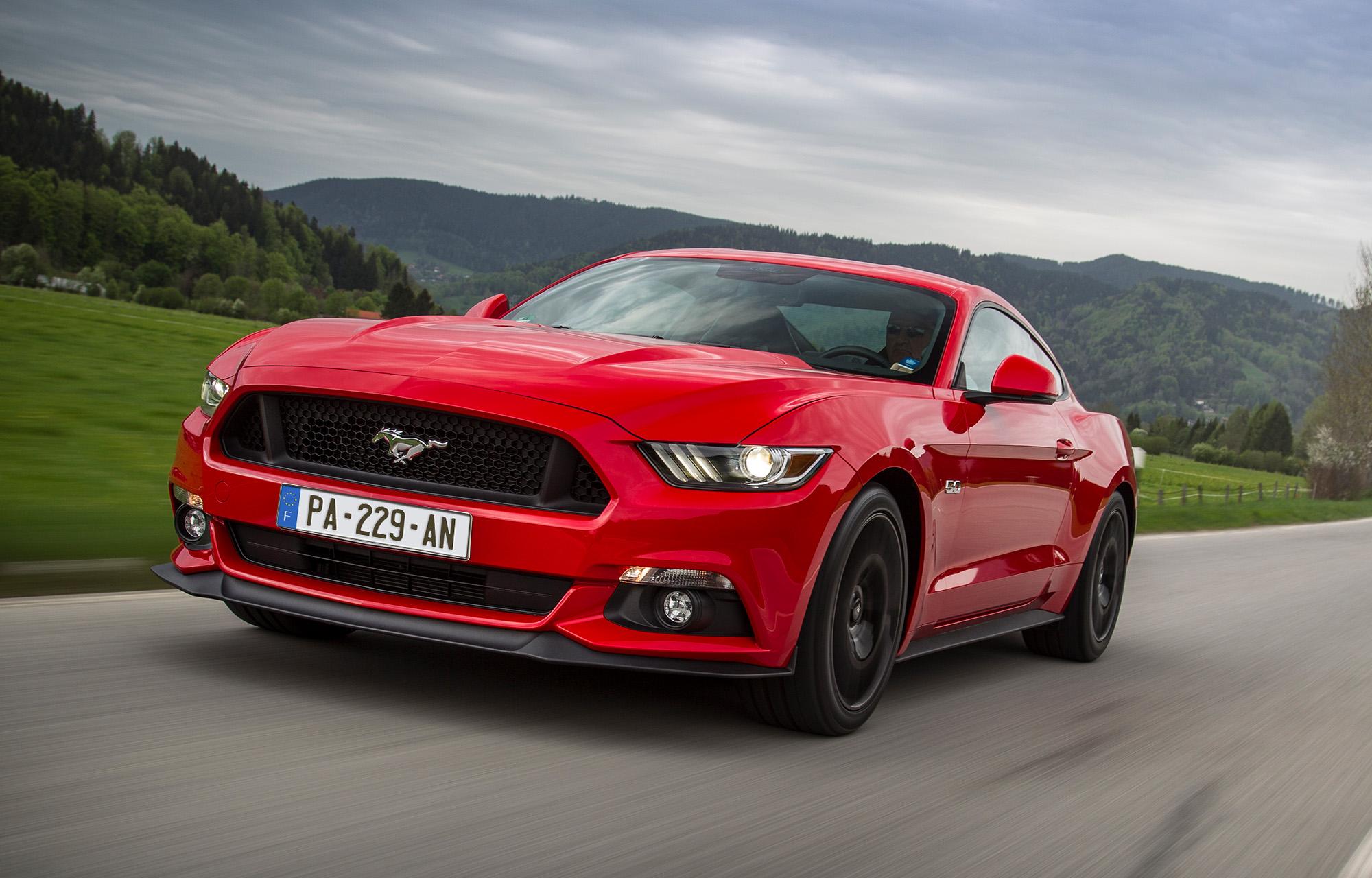 Découvrez la Ford Mustang sur circuit !