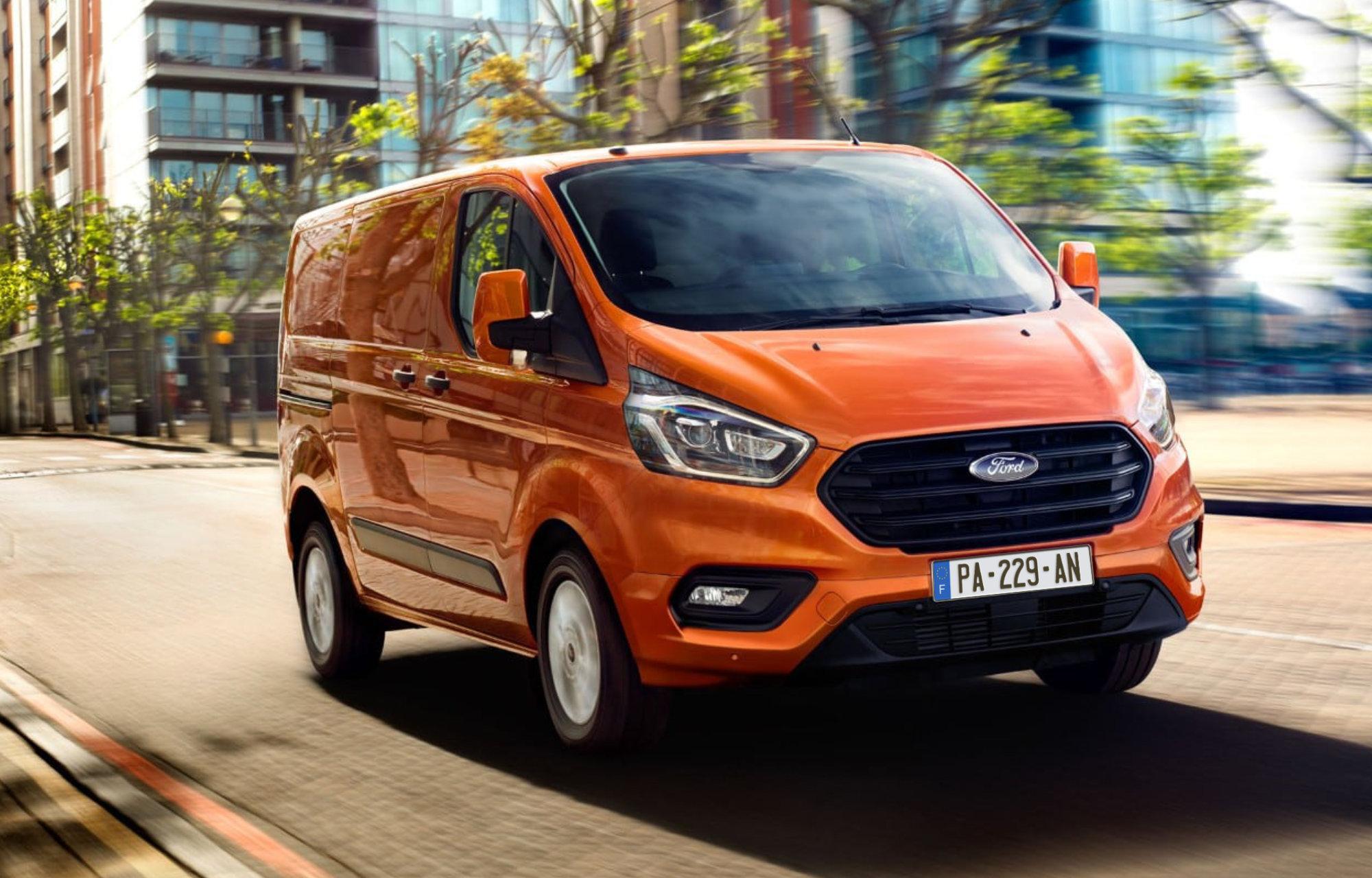 Pour votre vie de professionnel, choisissez la **gamme Ford Transit**