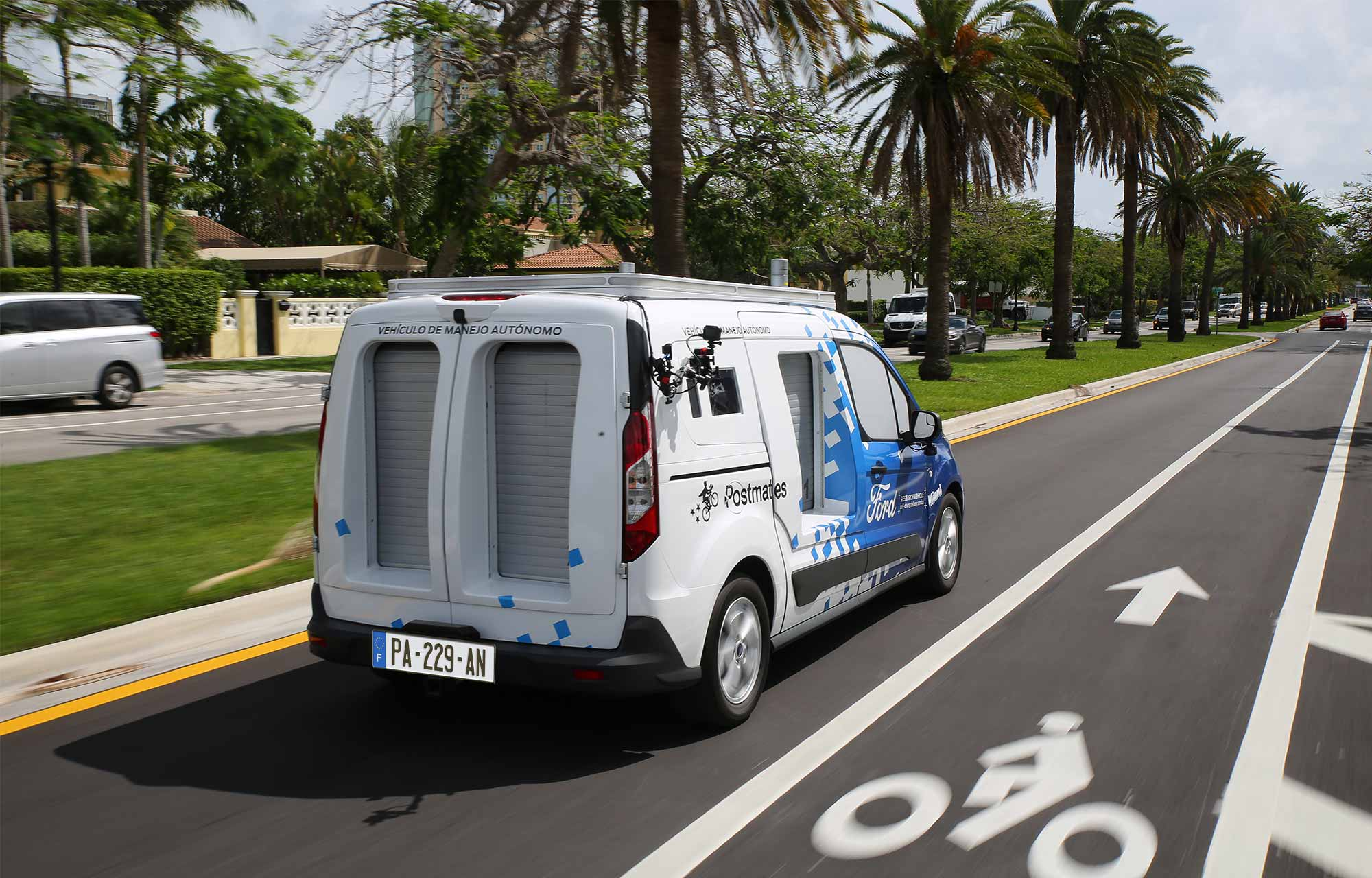Ford étudie les interactions entre les véhicules autonomes et les habitants de Miami