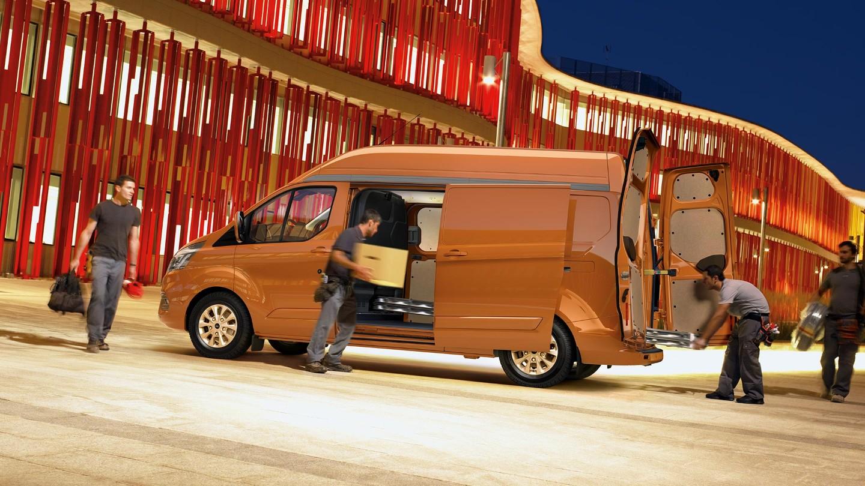 ford nouveau transit custom nouveau transit custom. Black Bedroom Furniture Sets. Home Design Ideas