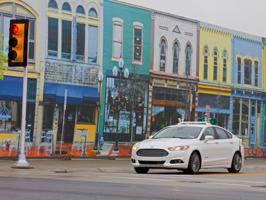 A Ford háromszorosára növeli önjáró autókból álló flottáját