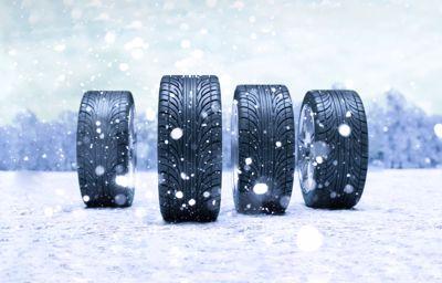 Besoin de pneus d'hiver ? Découvrez les avantages chez LuxMotor