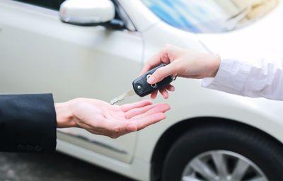 Geen tijd om naar de keuring te gaan, dan kunnen wij uw wagen naar de keuring rijden