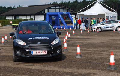 Gratis rijles voor jonge bestuurders