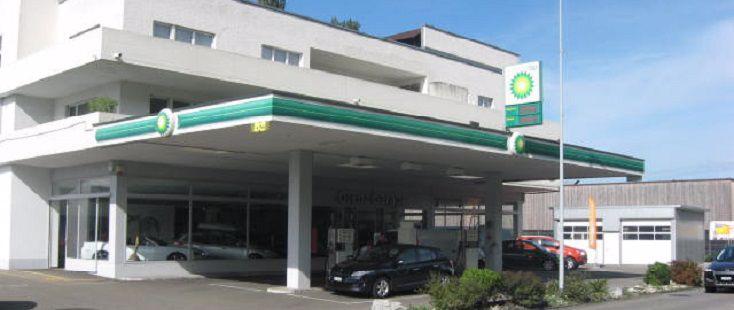 BP tankstelle bei Grenz Garage Bronschhofen