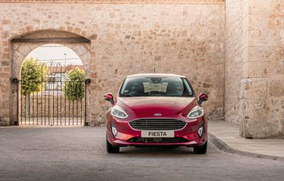 FORD FIESTA COOL&CONNECT HYBRID