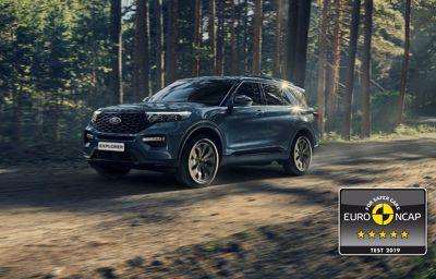 5 étoiles aux crash-tests sécurité pour le **Ford Explorer**, le SUV hybride rechargeable 7 places
