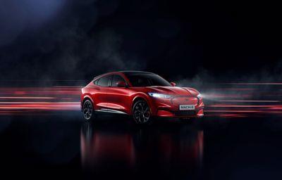 **La Ford Mustang Mach-E** 100% électrique confère à la nouvelle génération puissance, style et liberté