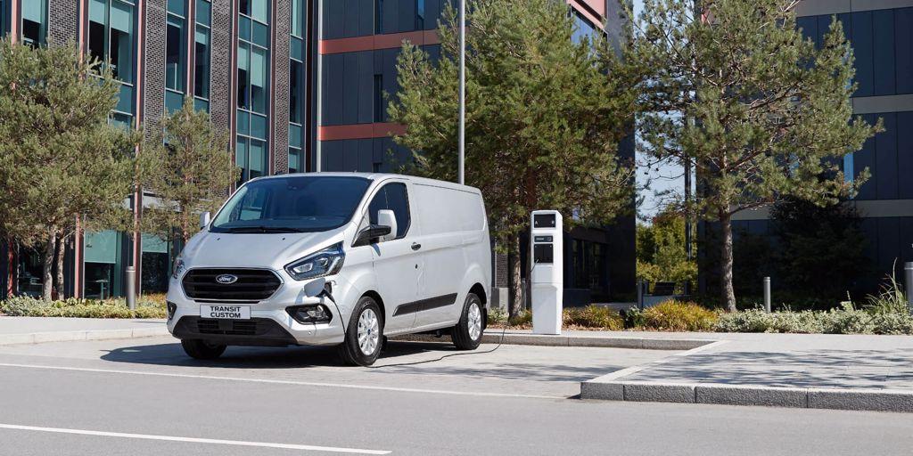Ford recharge ses batteries pour l'avenir