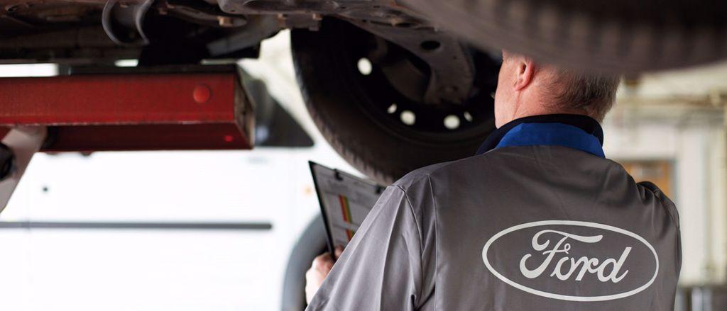 Ford Wartung und Reparatur