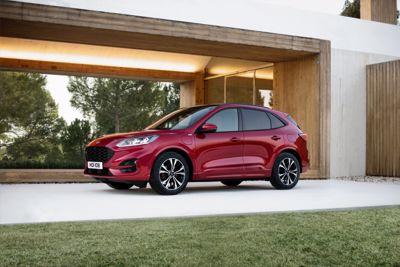 Ny Ford Kuga i bredt hybridudvalg til priser fra 269.990 kroner