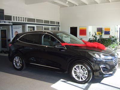 Tillykke med den nye Ford Kuga PHEV Vignale