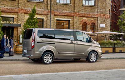 Luksusbus i nye klæder - ny Tourneo Custom