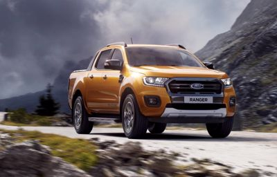 Palkittu Ford Ranger Pick-up 4WD menee minne haluat!
