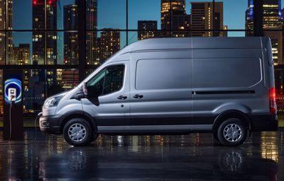 Uusi täyssähköinen Ford E-Transit ensiesittelyssä Euroopassa