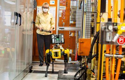 Ford kokeilee nelijalkaisia robotteja tehtaiden skannauksessa säästääkseen aikaa ja rahaa