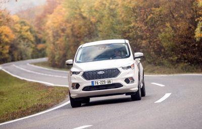 Le Kuga E85, 100% compatible au carburant bioéthanol, est disponible à partir de 29 200 euros