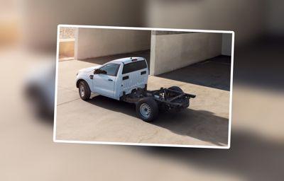 Le Ford Ranger continue d'étendre sa gamme : voici la nouvelle déclinaison avec châssis-cabine prêt à la conversion