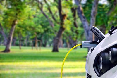 Calculez le temps de rechargement de votre véhicule électrique