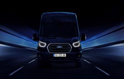 Ford dévoile sa nouvelle génération de véhicules utilitaires électrifiés et connectés