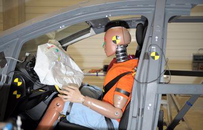 Technologies, armure et crash-tests à répétition : les secrets de Ford pour créer des véhicules toujours plus sûrs
