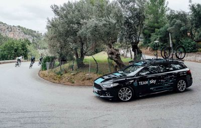 Après 80 000 km déjà parcourus, Ford reprend la route avec Team Sky