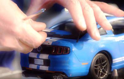 Modèles réduits Ford pour Noël
