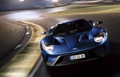 Nouvelle Ford GT sur circuit