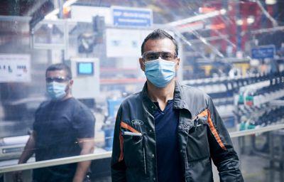 Ford va redémarrer ses usines en Europe avec un programme de renforcement de la protection de ses employés