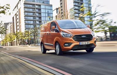 Ford Transit Custom: polyvalent, restylé et plus économe