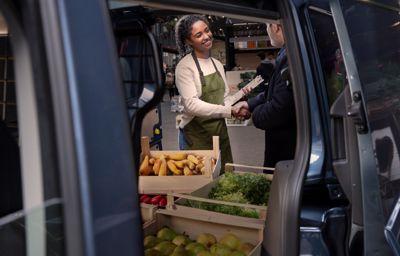 FordPass Pro : les petites entreprises pourraient économiser jusqu'à 2 500 euros par an grâce aux offres exclusives des partenaires de Ford