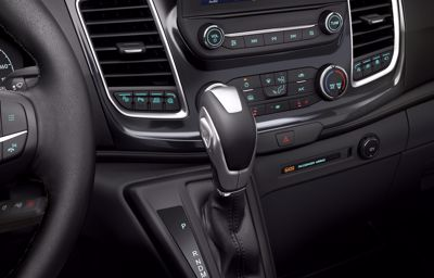 Une nouvelle transmission automatique à 10 vitesses plus performante pour le Ford Transit