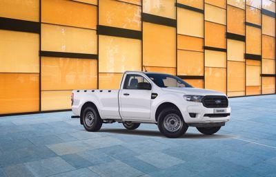 **Ranger** Simple Cab XL EcoBlue Diesel à partir de 249€ HT/mois (1)