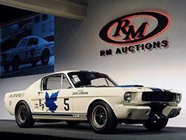 Az első 2015-ös Ford Mustang...