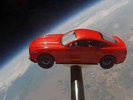 Mustang az űrben
