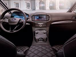 A Ford lelelezte az S-MAX Vignale tanulmányautót