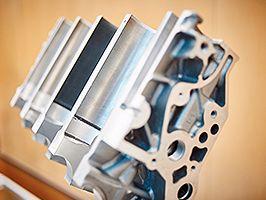 A Ford innovatív, új technológiája életre kelti az öreg motorokat