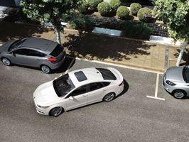 Stresszes parkolási helyzetek vs. jótékonyság?