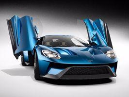 Innovatív világítási és dizájn installációval kápráztat el a Ford