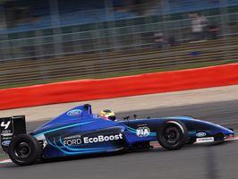 Új Formula autót leplezett le a Ford Genfben