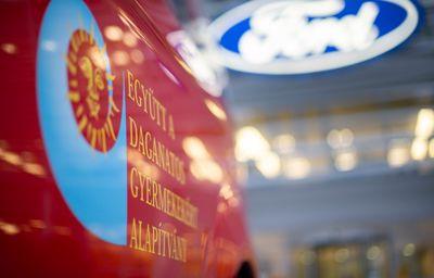 A Ford Magyarország és márkaszervizei segítenek a daganatos gyermekeknek