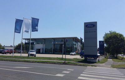 Új Ford szalon nyílt Kaposváron