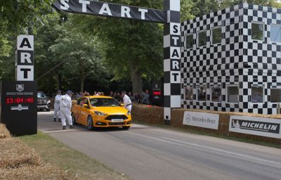 New Ford Focus ST Wins First 'Virtual vs Real' Race