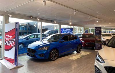 Bij Ford van Dijk/Schouten is nu elke auto uitgelicht