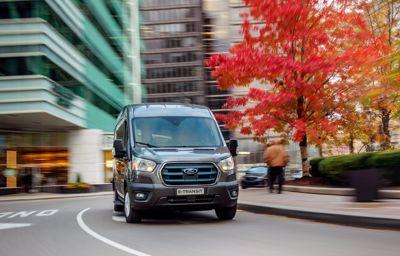 Volledig elektrische Ford E-Transit met next-level software en services